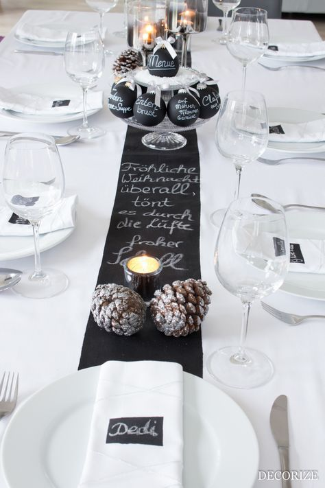Festive table for Christmas – table decoration with blackboard paint