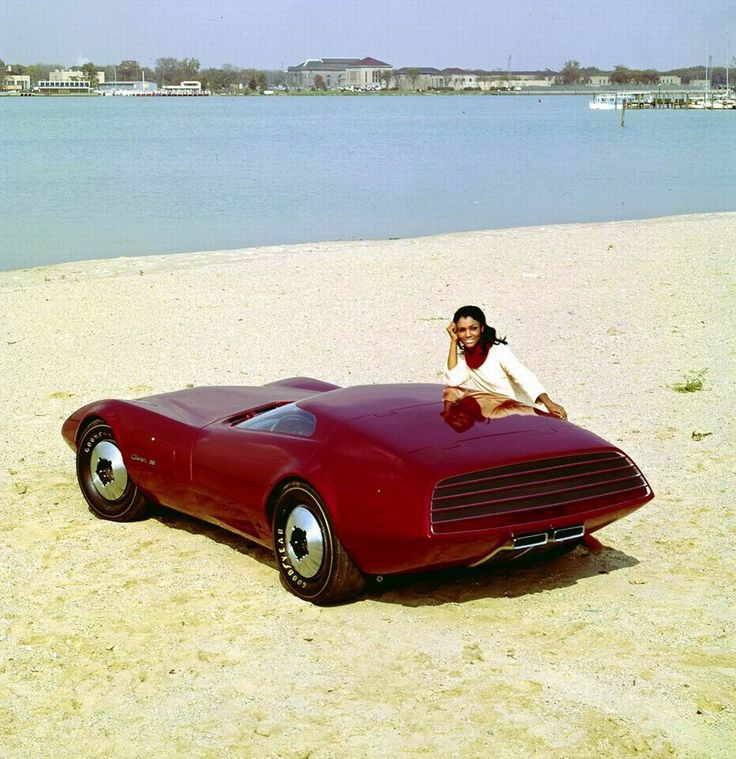Dodge Charger III 1968, sleek, experimental 2-seater, has a jet-aircraft-type canopy instead of traditional doors. The most aerodynamic car ever conceived by Dodge, only 42 inches high.