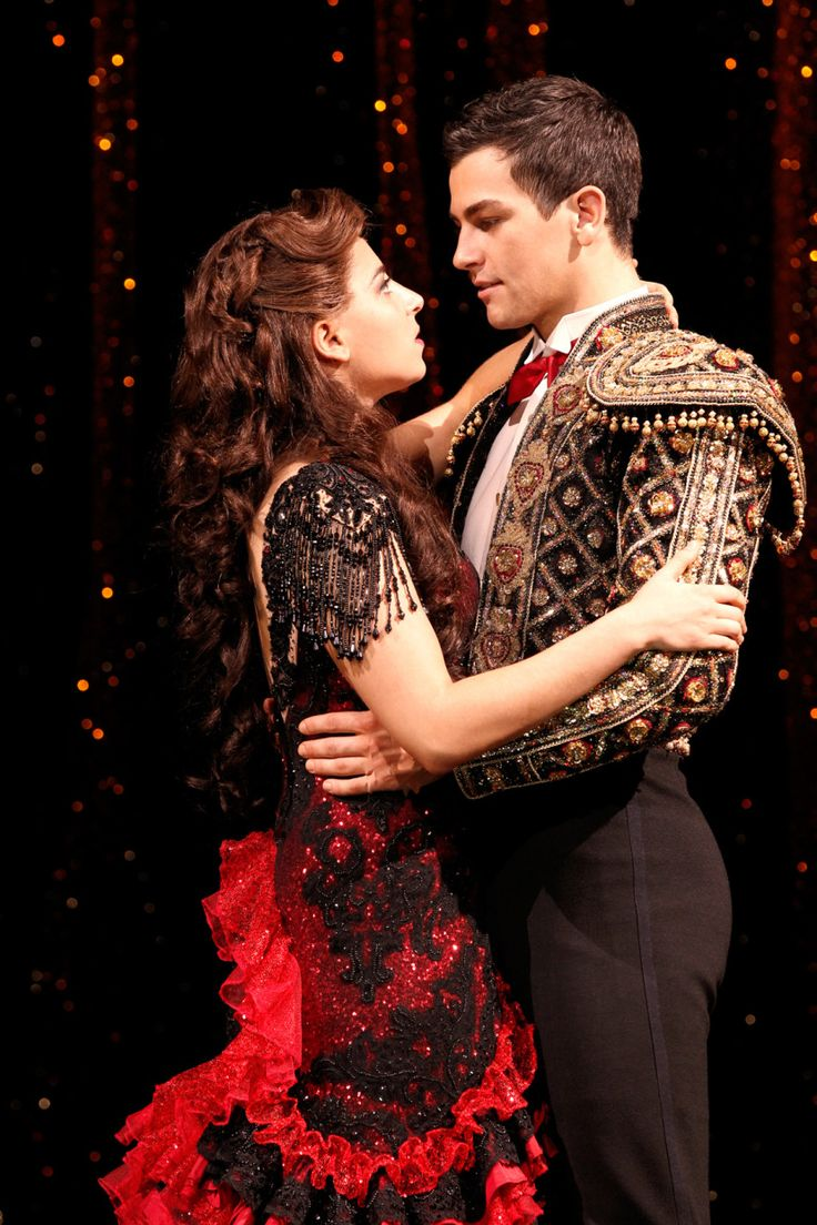 Strictly Ballroom the Musical. Phoebes Panaretos, Thomas Lacey. <<ahmghh that's the cast I saw!!