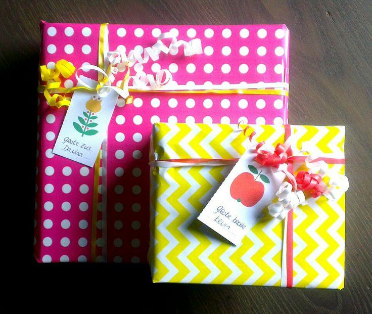 Inpakken, cadeau's voor een grote broer en zus