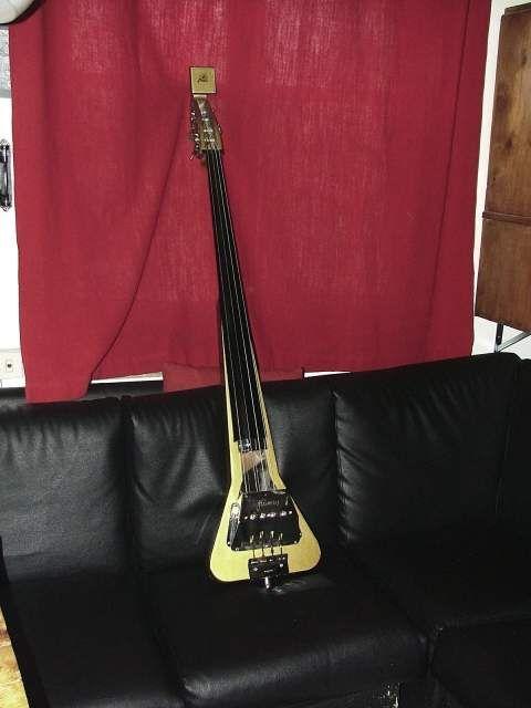 Contrabbasso elettrico vintage Framus 4/60 Triumph upright-bass