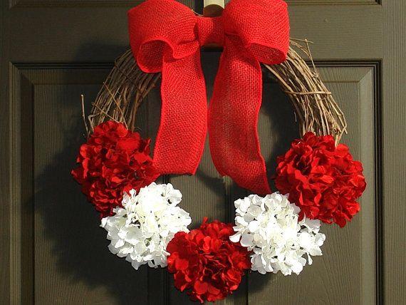 christmas wreath Seasons Greetings wreaths Holiday by aniamelisa, $55.00