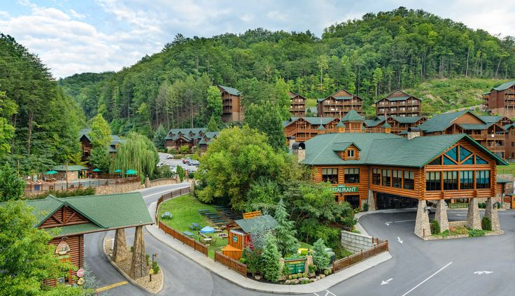 Browse the photos of Westgate Smoky Mountain Resort & Spa and view our spacious villas and onsite amenities, as well as the beautiful Great Smoky Mountains.