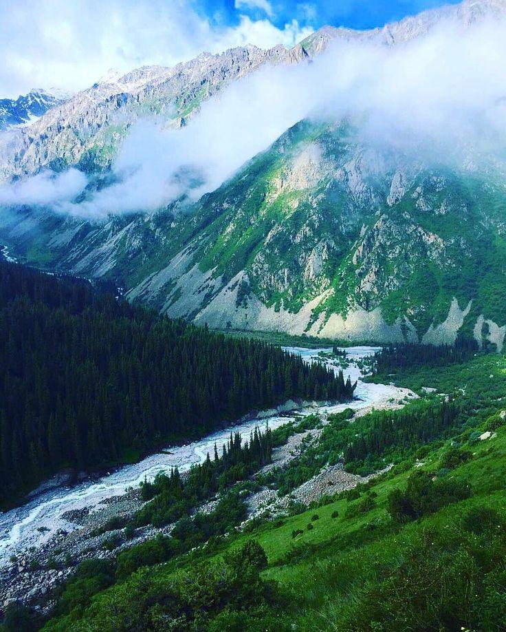 Mein Lieblingsbild von der Reise nach #kirgistan #alaarcha nationalpark auf dem Weg zum Gletscher