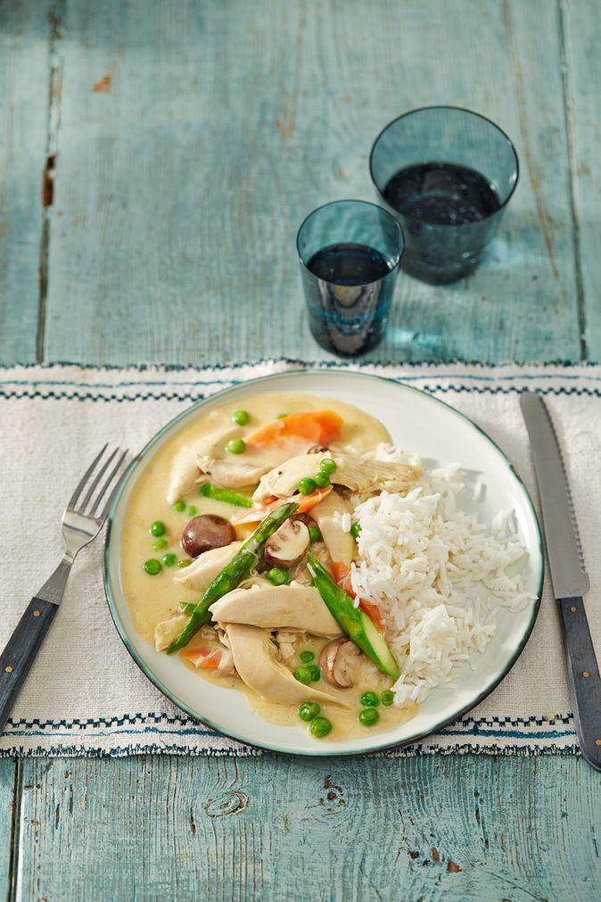 Hühnerfrikassee: Saftiges Hähnchenfleisch in cremig-feiner Sauce