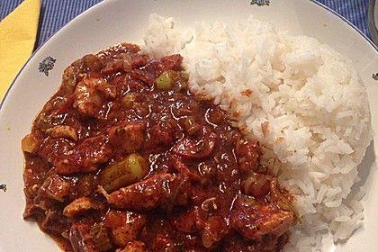 Louisiana Gumbo,   Zwiebeln und Paprika, Okra nur Hälfte anbraten- Rest eindicken lassen. Reis mit kochen lassen