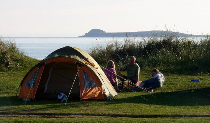"Find great family campsites and holiday parks, from ""back to basics"" campsites, to full entertainment holiday parks with swimming pools."