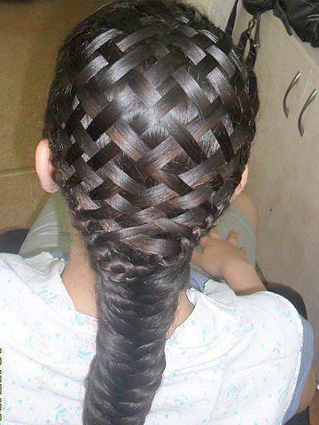 My mouth dropped wide when I saw this incredible hairstyle: amazing basket