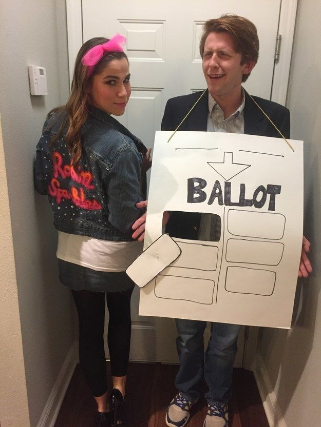 Robin Sparkles and Ted Mosby | 31 Two-Person Costume Ideas That'll Up Your Halloween Game