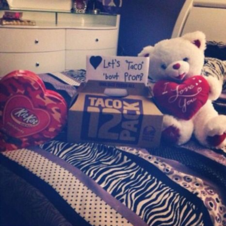 Too cute! Love this promposal!! I mean, how can you say not to Kit Kats and Tacos???
