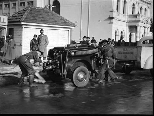 Air Raid Wardens Practice at the Ozone Hotel, Adelaide Tce near the Causeway, Perth, 1943