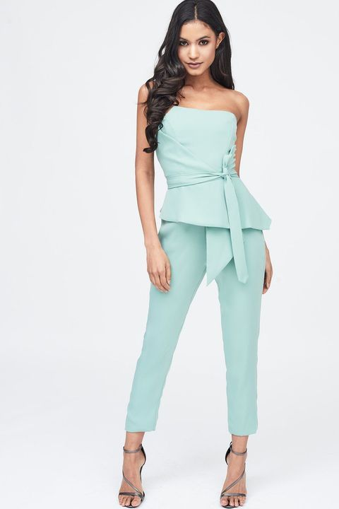 d8766973 17 Dazzling Prom Jumpsuits That Will Make Swear Off Dresses for Life ...