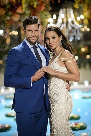"""Sam And Snezana From """"The Bachelor"""" Australia Just Got Engaged"""
