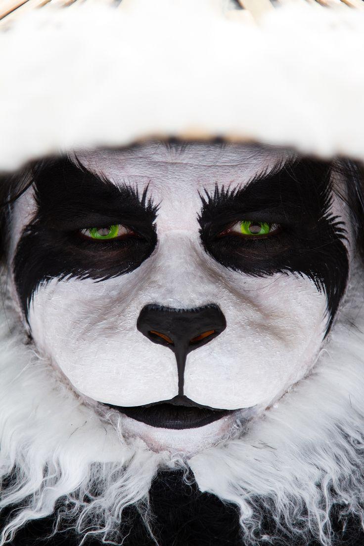 WoW panda Wonderful cosplay of Chen Stormstout close-up  professional make up beautiful make up