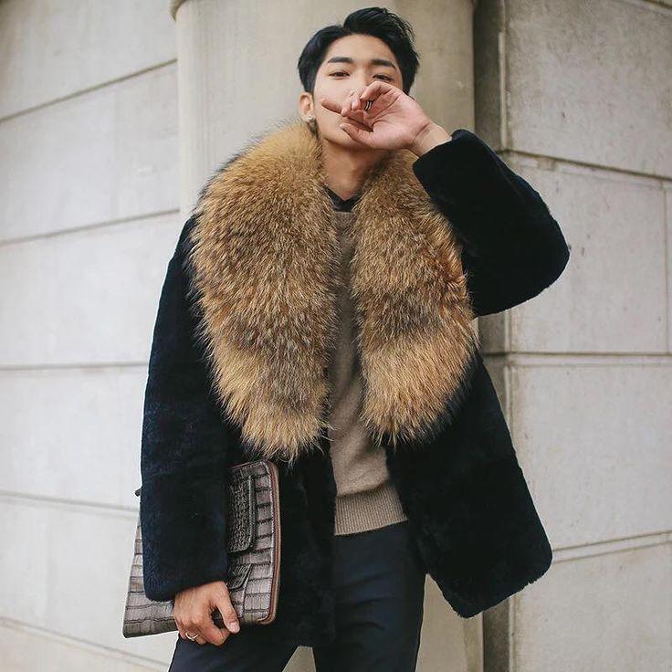 2106 best Fur Coats,Fur Collars images on Pinterest   Furs, Fur ...