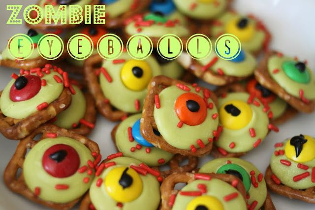 Zombie Eyeballs with Butter SnapsLarson Lingo, Eyeball Food, Monster Pretzel Eyeball, Candies Melted, Halloween Snacks, Fun Halloween, Halloween Treats, Halloween Theme Food, Zombies Eyeball