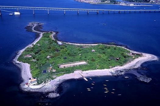 Rose Island Lighthouse, Narragansett Bay, #Rhode Island, #USA