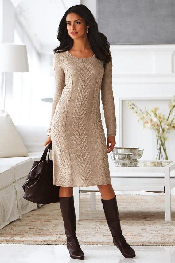An elegant handmade knitted winter dress  картинка