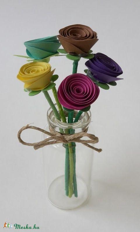 Kis virágcsokor IV (gyongypapir) - Meska.hu