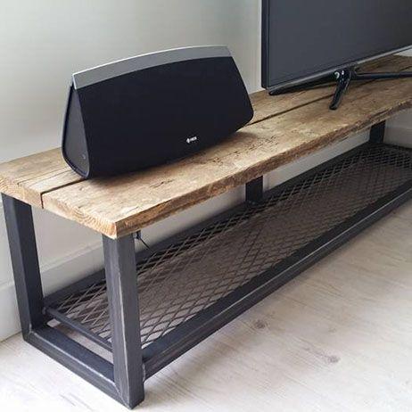 TV Meubel steigerhout staal