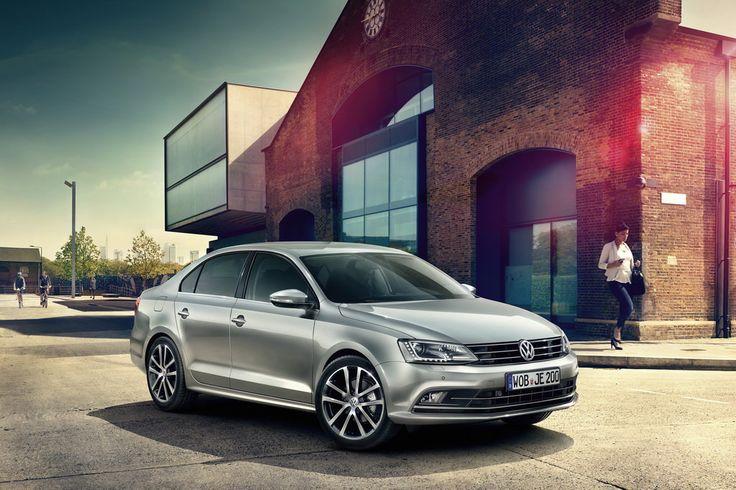 В Украине стартуют продажи New Jetta. Первые 40 автомобилей будут проданы с 10-процентной скидкой для клиентов.