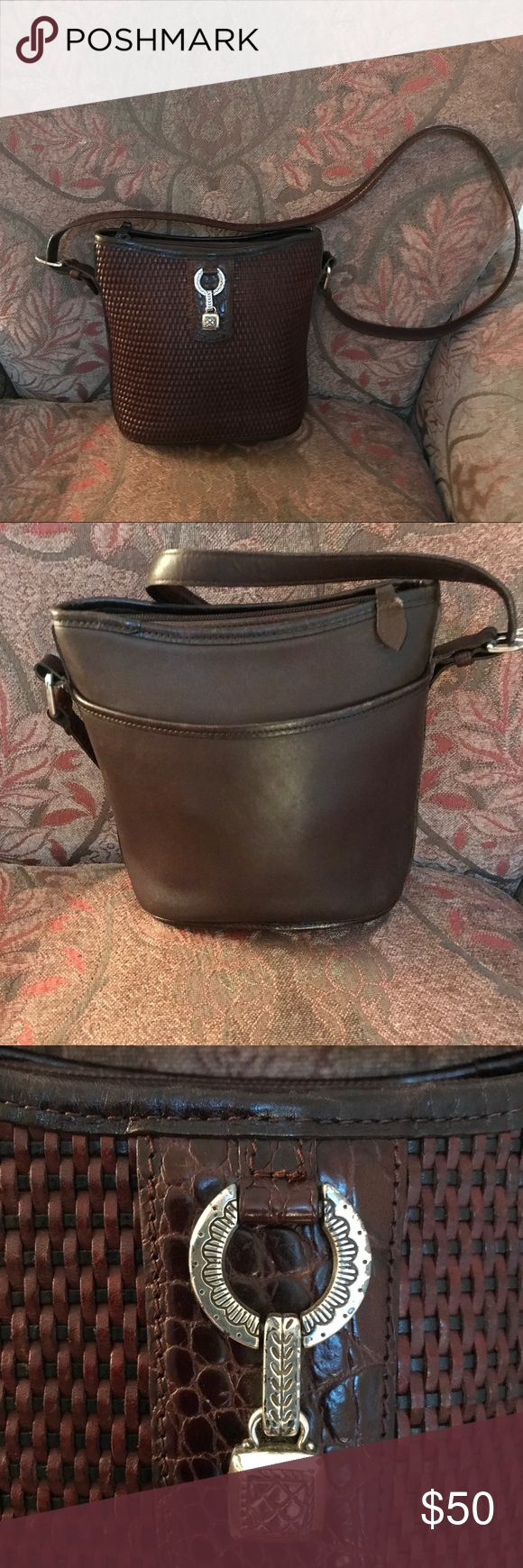 Brighton  Authentic Brown Crossbody Handbag Brighton  Authentic Brown Crossbody Handbag. Beautiful Brighton Leather Brown Crossbody Handbag. Great for the Brighton Fashionista! GUC 🚫🚫Trades, paypal, any questions in the comments regarding price please use the offer button or they will be ignored🚫🚫 Brighton Bags Crossbody Bags