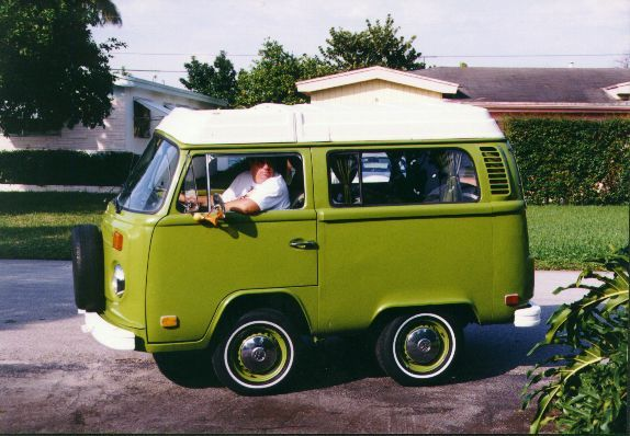 78 best vw short bus images on pinterest short bus vw. Black Bedroom Furniture Sets. Home Design Ideas