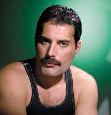 Freddie-Mercury-Chevron-mustache-фредди-Меркьюри-усы-шеврон, Стрижка усов, Усы и борода, Большие усы, Длинные усы, Борода без усов, Форма усов, Мужчина с усами, Типы усов