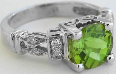 irish Peridot Engagement Rings | myjewelrysource.com