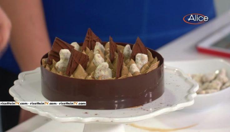 """La melamoka (torta mele e caffè) del pasticciere Gianluca Aresu, proposta all'interno del programma di Alice Tv dedicato alla buona cucina, """"Alice Club""""."""