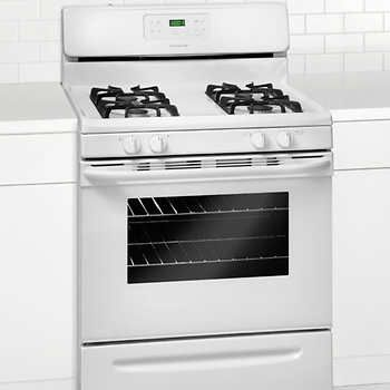 the frigidaire gallery 30 in smudgeproof stainless steel gas range lets you cook more at once with a cu capacity oven and a cooktop with 5