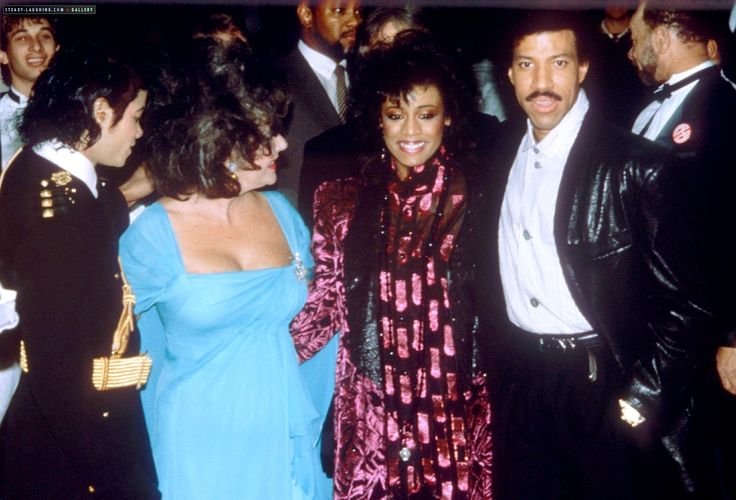 Michael Jackson and Elizabeth Taylor with Lionel and Brenda Richie 1986