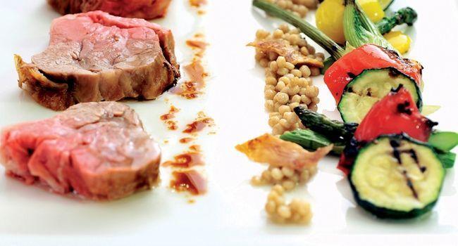 Recette Roti d'épaule d'agneau aux légumes grillés - Essyndic.com