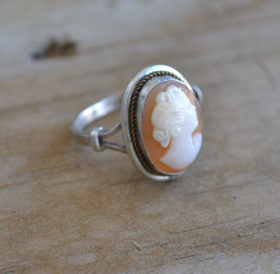 Beautiful antique 800 coin silver Italian Victorian style shell cameo ring / art deco / Victorian revival