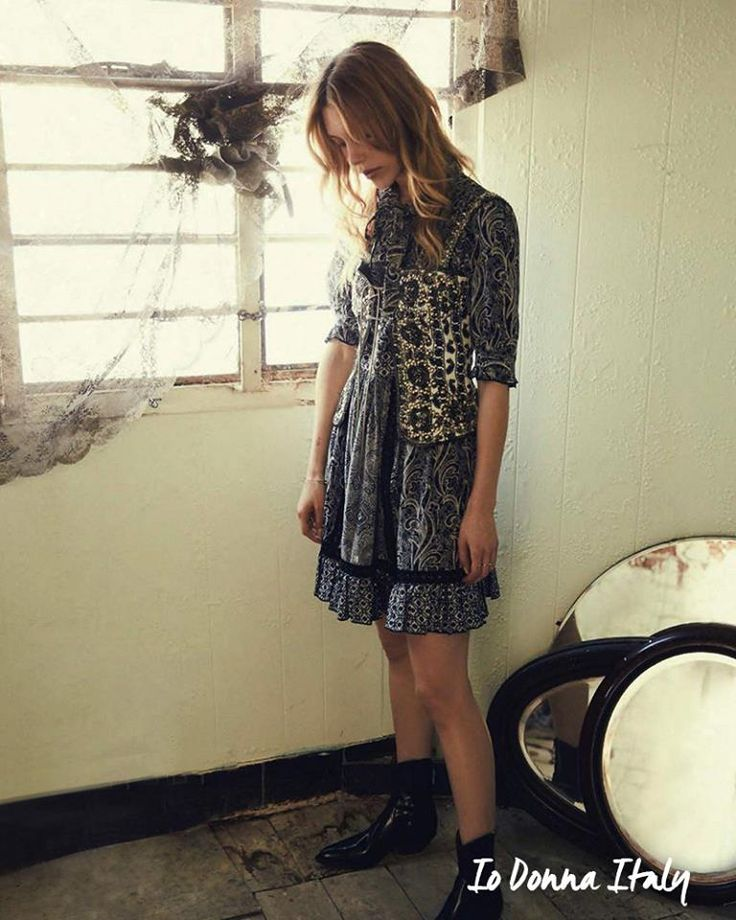 Moods of classic romance in Fay paisley. As featured in Io Donna.