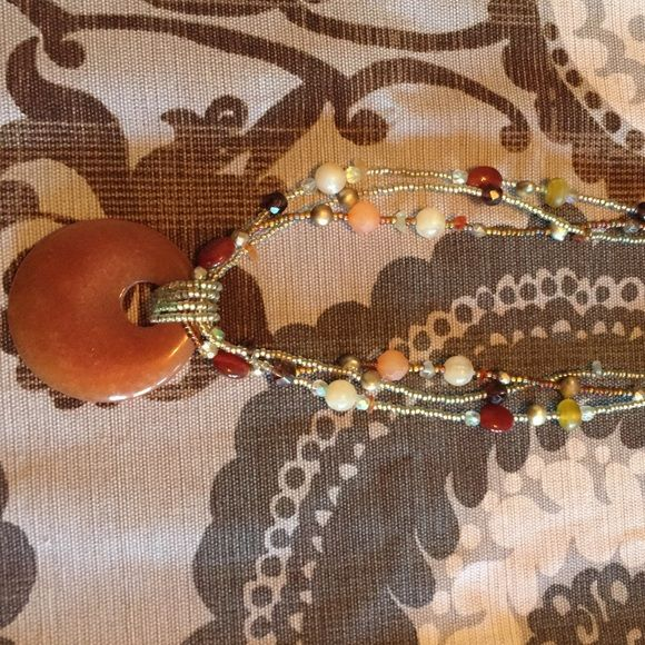 Lia Sophia Beaded Necklace Lia Sophia beaded necklace in excellent condition. Matching earrings can be found in a separate listing. Lia Sophia Jewelry Necklaces