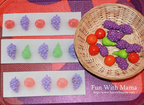 Many links to preschool printables for activity trays