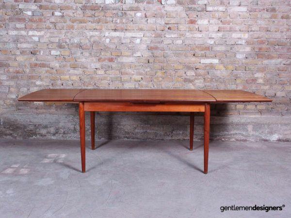 Table A Manger Scandinave Rectangle En Teck Massif Pieds Compas Et Rallonges Integrees En 2020 Table A Manger Scandinave Table A Manger Teck