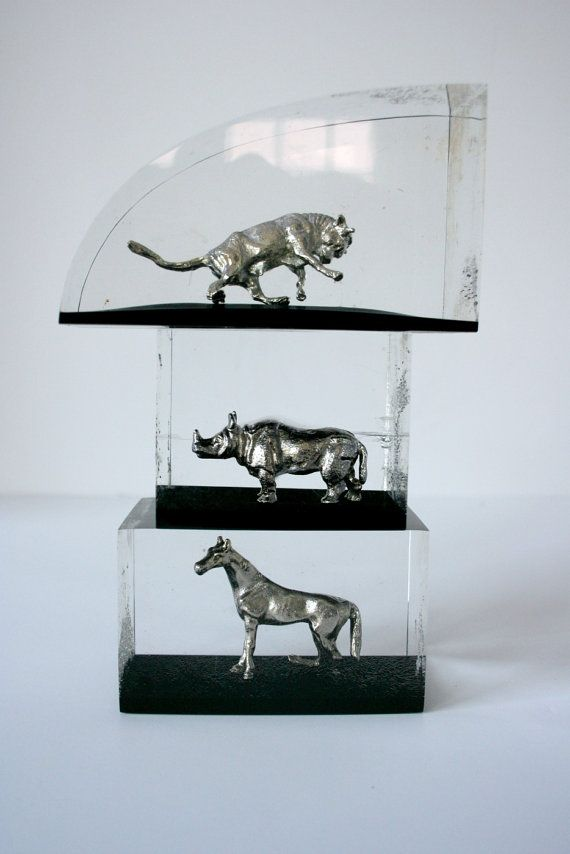 Misfit Animals in Resin from mightyfinds