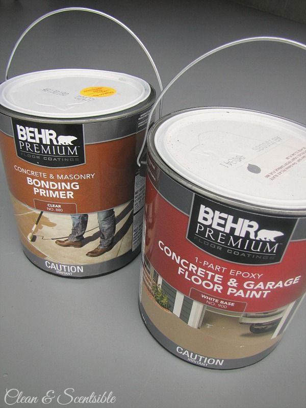Great tutorial on how to paint your garage floors.  This makes such a difference!