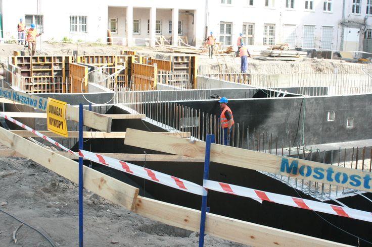 Uniwersytet Mikołaja Kopernika w Toruniu, Centrum Optyki Kwantowej. Użyto IZOBUD WM 2K PLUS oraz IZOBUD WL.