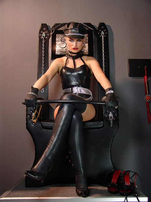 Hard Leather Dominatrix 49