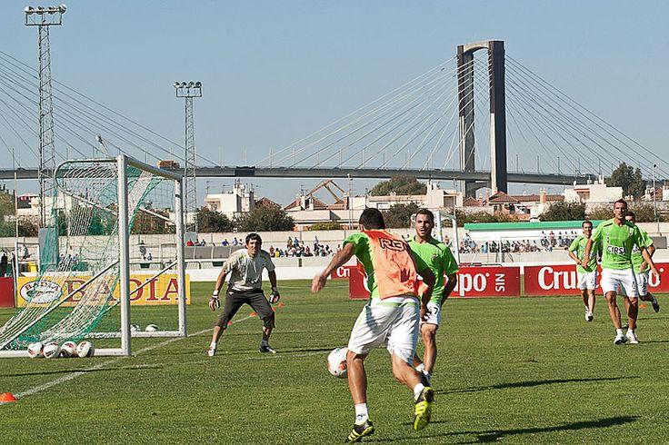 Actualidad sobre el encuentro de europa league entre el betis y el Vitoria Guimaraes por el que podeis apostar con cirsa.es