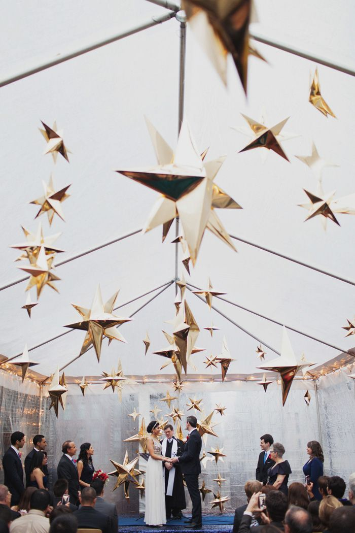 Gold star wedding installation at Midtown loft and Terrace by event designer Michelle Edgemont