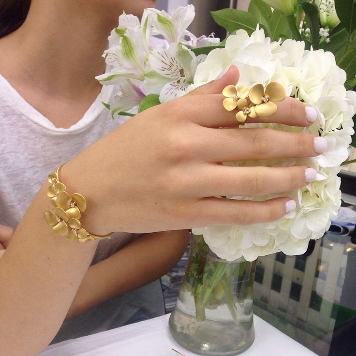 ... about Marika Desert Gold on Pinterest  Love flowers, Glow and By h