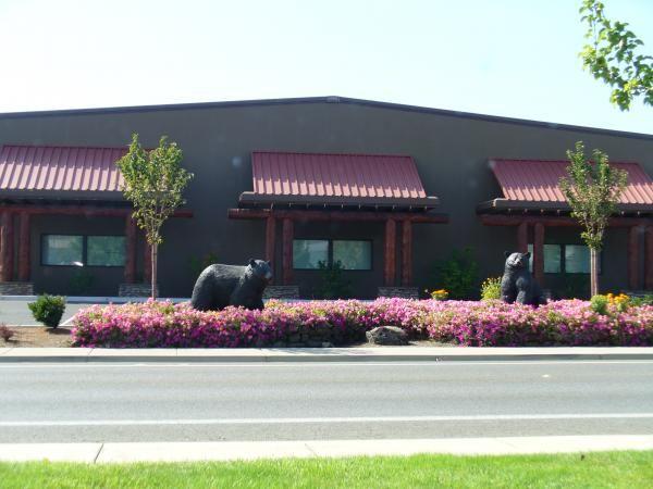 Shopping in Grants Pass Oregon | The Bear Hotel - Grants Pass, Oregon | warehouse