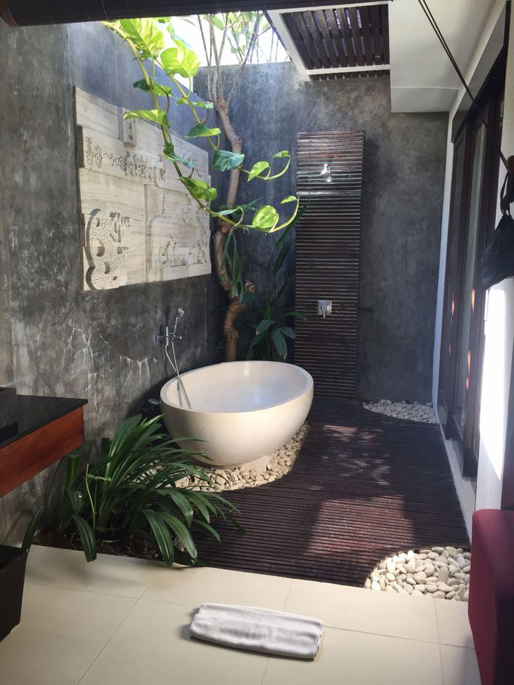 Bali villa bathroom | outdoor bathroom inspiration by COCOON | sturdy stainless steel bathroom taps | bathroom design & renovation | villa & hotel design | Dutch Designer Brand COCOON