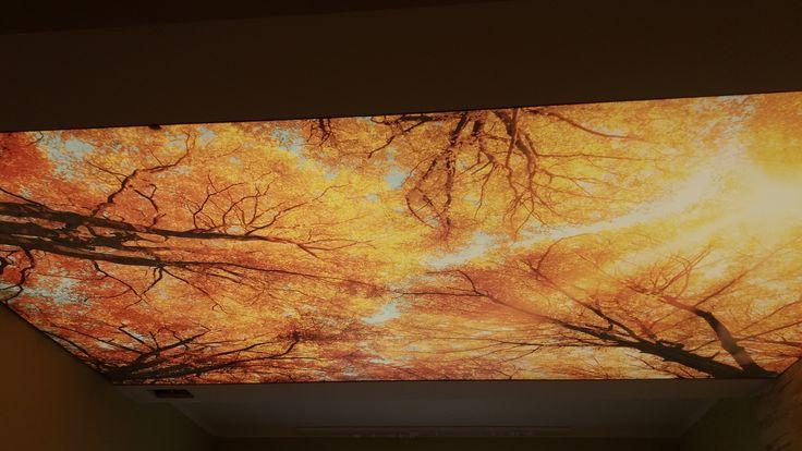 Sufit napinany w bursztynowo - złotej poświacie jak z obrazów Gustava Klimta :) / Stretch ceiling in amber - golden glow as from paintings of Gustav Klimt :)