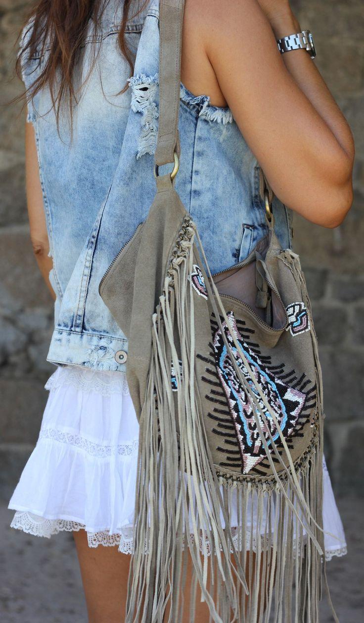 ☮ ➳ American Hippie Bohemian ➳ ☮  -  Summer  ...    Boho Bohéme Feathers Gypsy Spirit Bizu Baroque Tati Tati