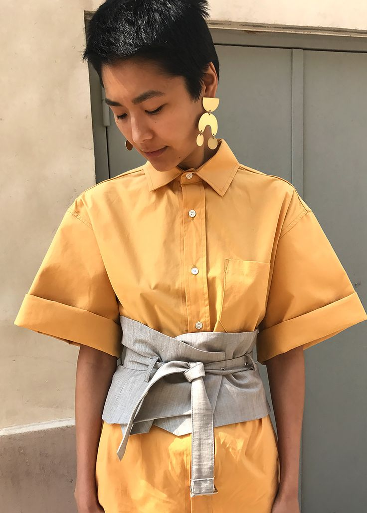 #newarrivals #structured #mustard #shirt #fashion #thefrankieshop #frankienyc #frankiegirl Structured, Button-Up Shirt w/Raw Edge, Short Sleeves. 1 Front Pocket  100% Cotton Canvas Dry Clean By Mardi. Imported